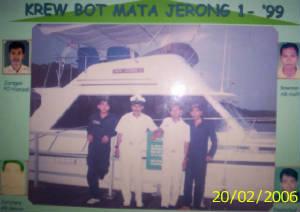 bot panglima dan crews