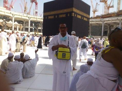 Suasana di sekitar Kaabah agak kuranag jemaah semasa kami mula-mula sampai untuk Tawaf Umrah Wajib.