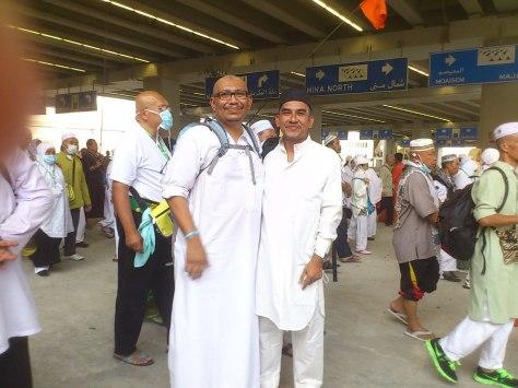 Bersama Dato Zaini di persekitaran jamarat
