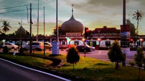 Waktu azan maghrib masjid Tanjong Pauh